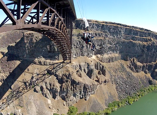 Dorothy Custer: the 102 year old BASE jumper