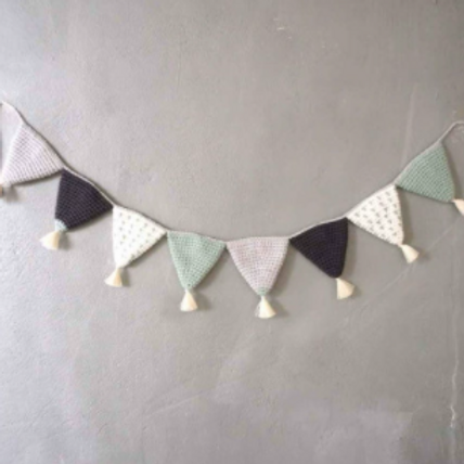 [Rental] Woven Bunting