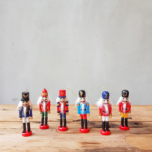 Wooden Nutcracker Solders (2 options available)