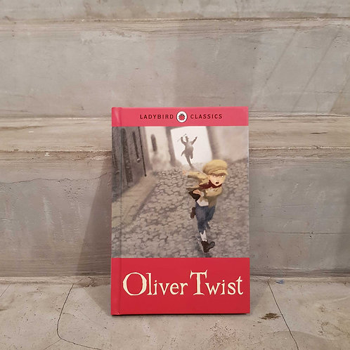 BOOK - Oliver Twist (ladybird classics)