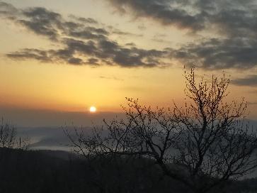 coucher soleil et brume.jpg