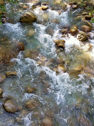 roche ruisseaux.jpg