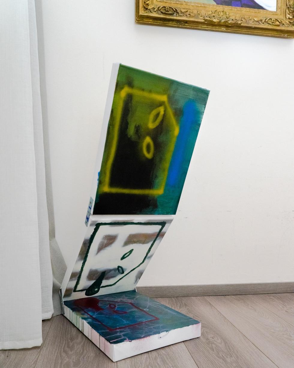 Häuslich 1,2,3 / 2020 / je 30x40cm / Acryl,Lack auf Leinwand   ---  raus.project vol.3 / Berlin/ 2020 / Kuratiert von Philipp Dachsel