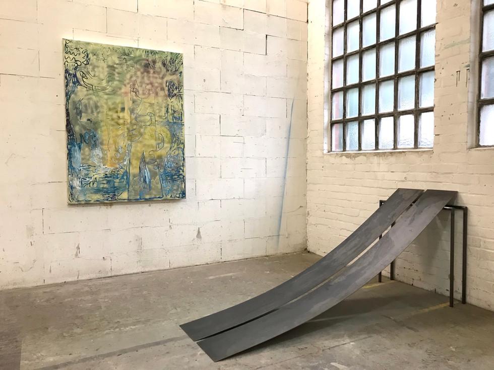Dreamcatcher / 2019 / 160x120cm / Acryl, Lack auf Leinwand  rechts: Regine Schulz  ---  Grand Jus / Gruppenausstellung mit u.a. Markus Armbrecht, Pascal Brinkmann, Regine Schulz / Hamburg 2019
