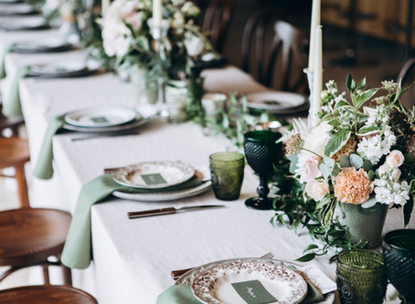A Tiny Tablescape for a Tiny Home
