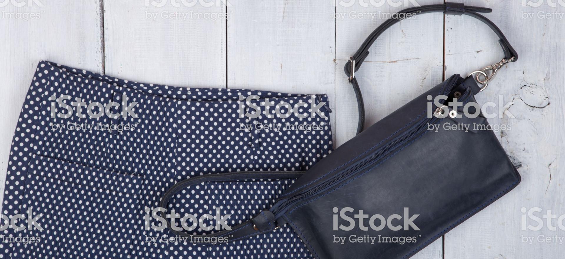 Lätt att ha i handväskan. Den är så enkel att använda.