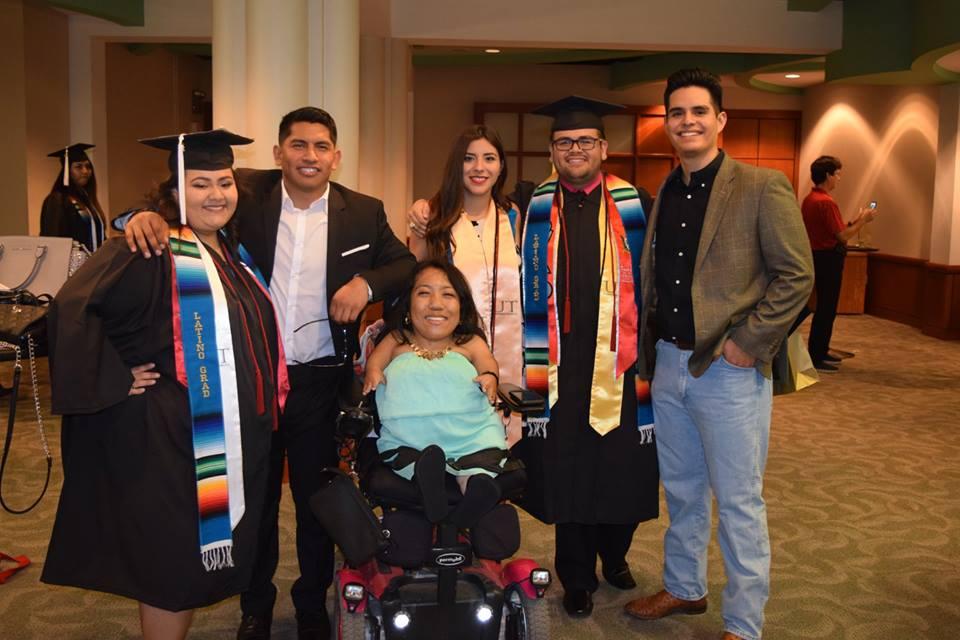 2016 Latino Grad