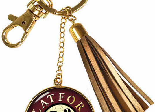 Harry Potter 9 3/4 Key Chain