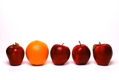 bigstock-Apples--Orange-25113.jpg
