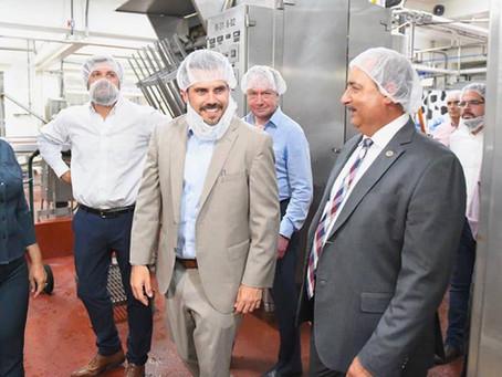 Celebramos el lanzamiento de la primera leche fresca de larga duración en el mundo