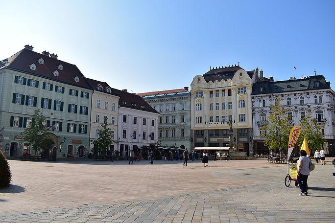 Old Town Square Bratislava.jpg
