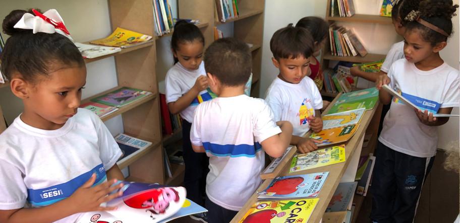 6 biblioteca criancas.jpg