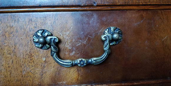 drawer handle.jpg