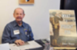 Dave-at-RI-Authors-signing-600x392.jpg