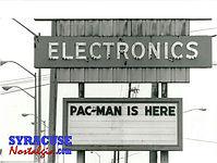 electronicsstore1981edit.jpg