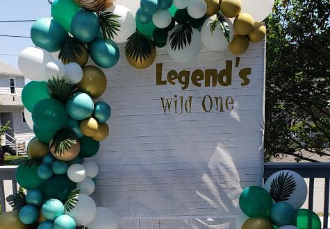 Legend's Wild Ones Garland