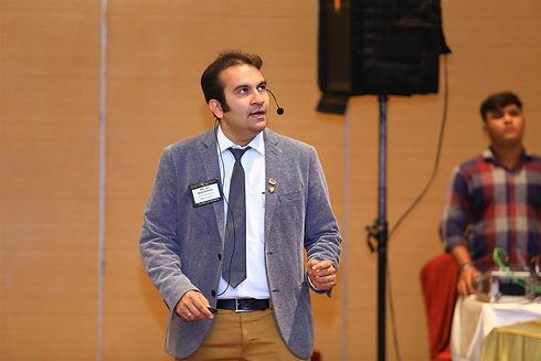 PALAK Madhwani Digital Marketing Consult