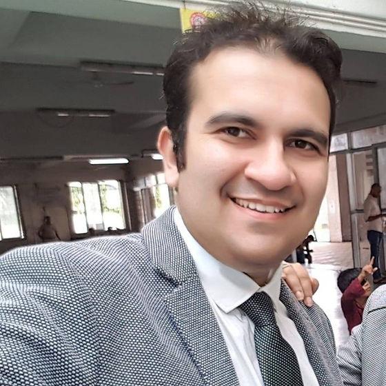 Palak Madhwani is Digital Marketing Expert