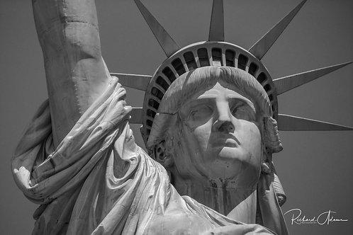 Statue of Liberty 2 B&W