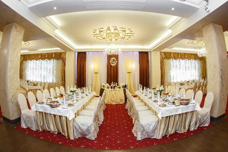 Интнерьер банкетного зала Маска (2)