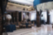 изысканный декор свадьбы в ресторане на свдебном банкете от свадебного организатора Ксении Стан в Тюмени . компания wedding Production WPwedding.com свадебное агентство Нового Уровня.