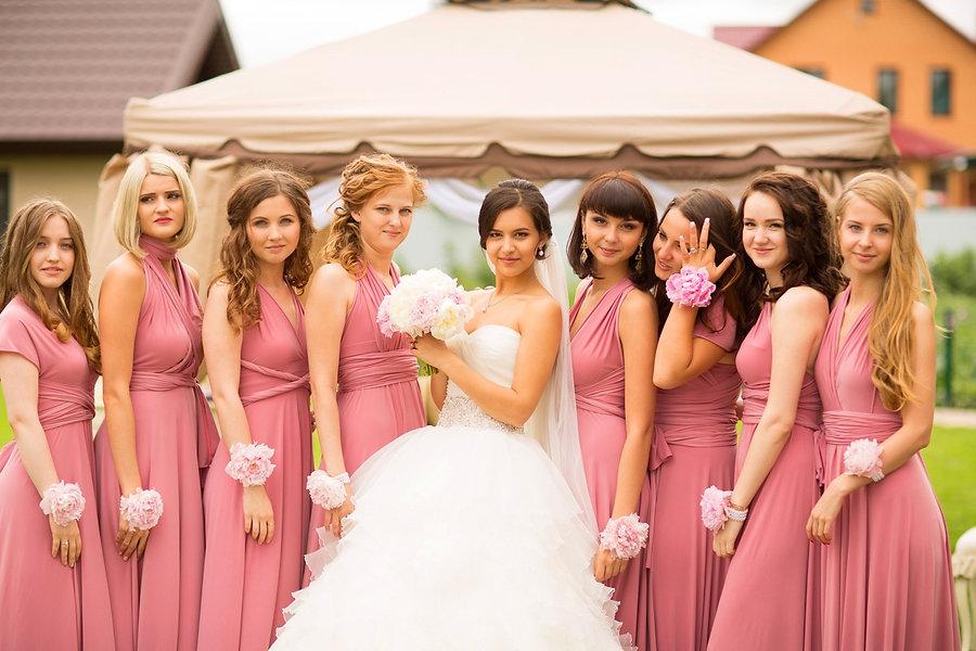 подружки невесты на свадьбе Нины и Саши свадебного агентства wedding production