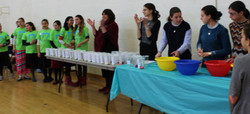 Clapping for  amt of prizes