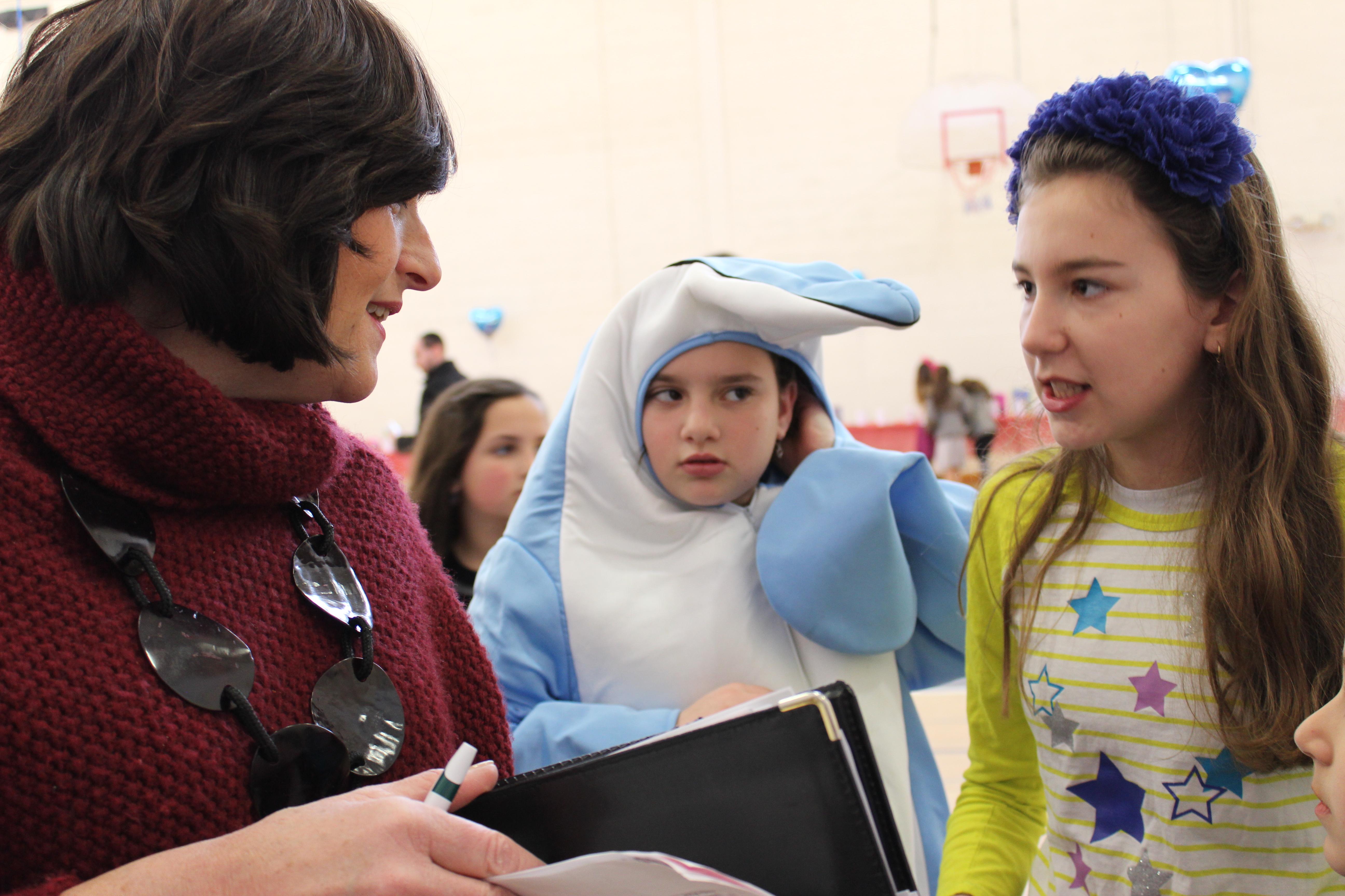 Mrs. BRaun with girls