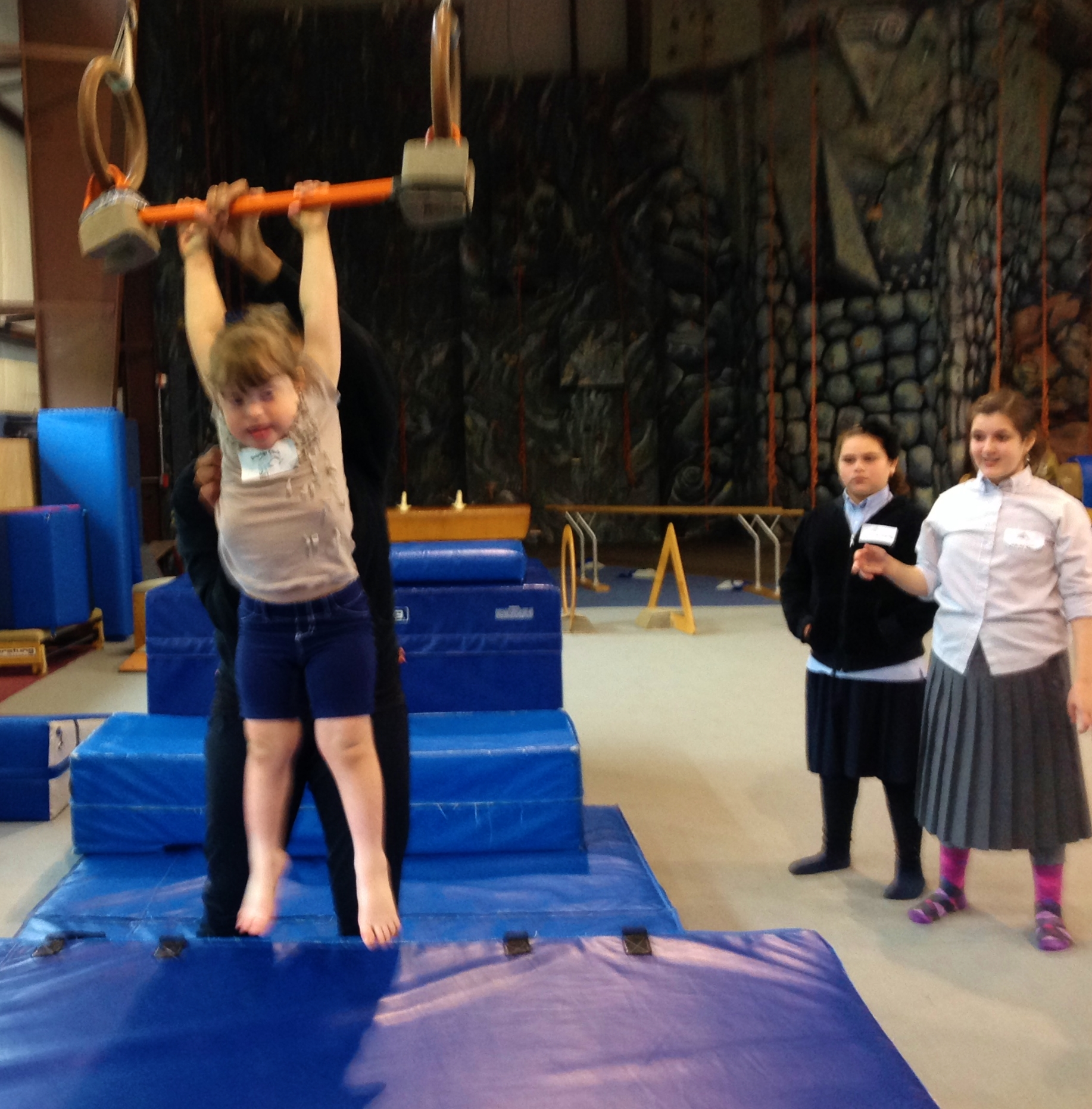 Kids in gym 11
