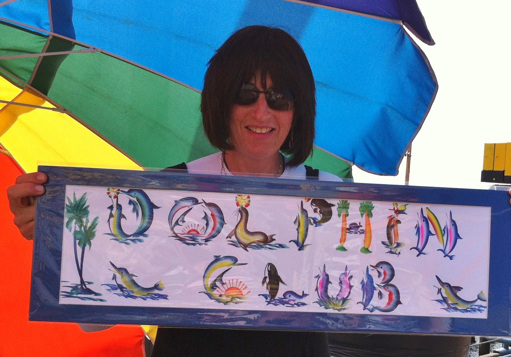 Leeba w dolphin sign
