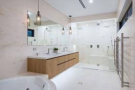 hillarys-bathroom.jpg
