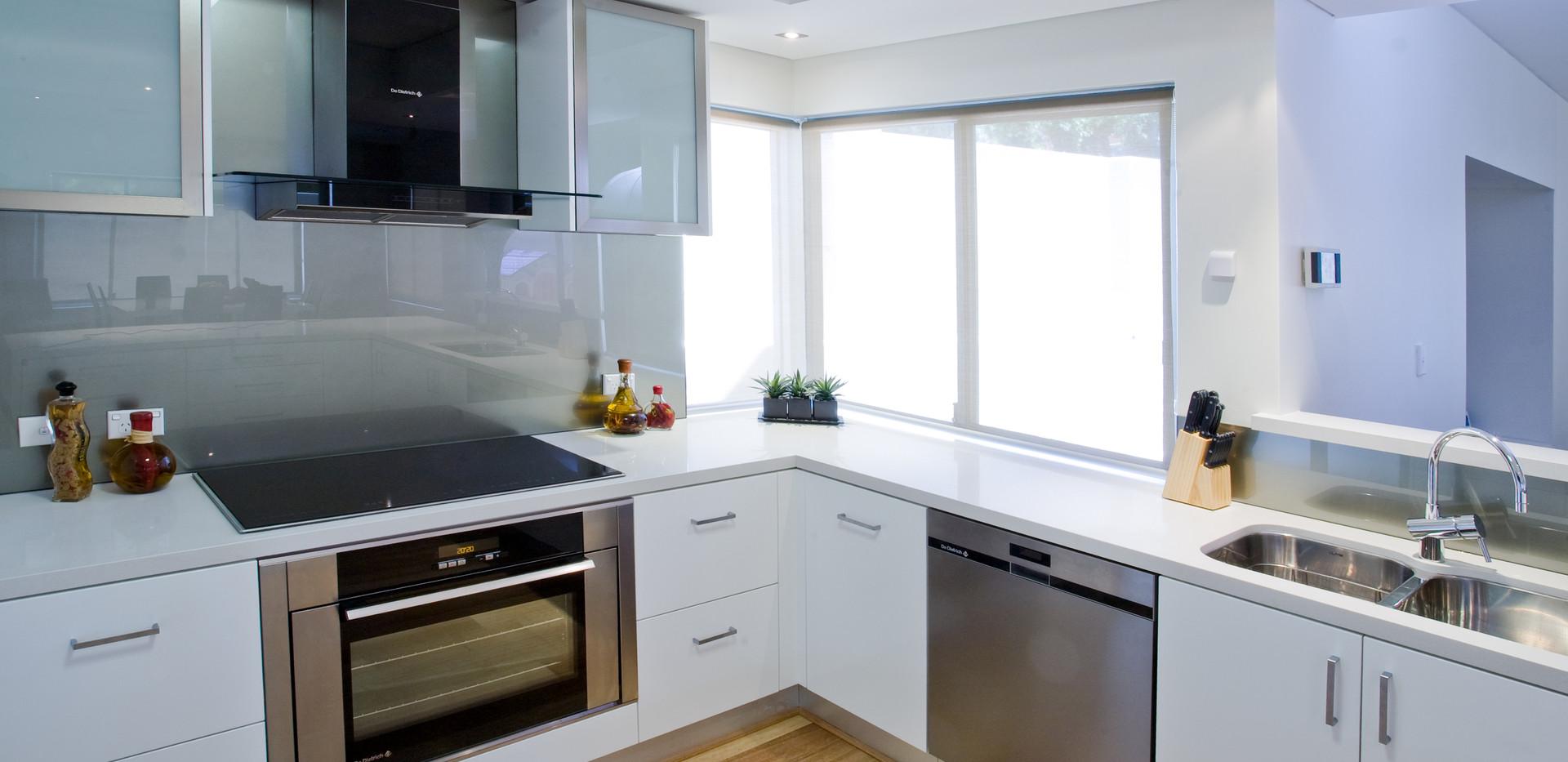 Kitchens_JPEG_000-03.jpg