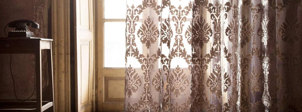 Fischbacher_Fabrics_Versailles.jpg