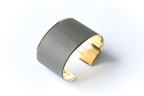 Bracelet manchette jonc cuir gris perle or laiton le bellifontain