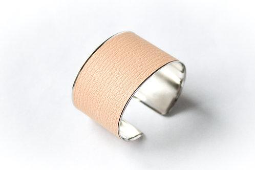 Bracelet manchette jonc cuir nude argent laiton le bellifontain