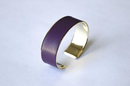Bracelet manchette jonc cuir aubergine or laiton le bellifontain