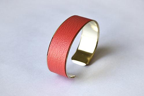 Bracelet manchette jonc cuir rose fluo or laiton le bellifontain