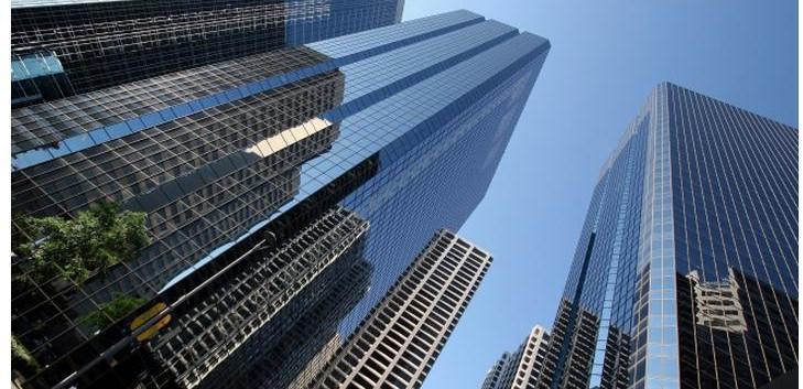 modern-high-rise-building-large-mural-ni