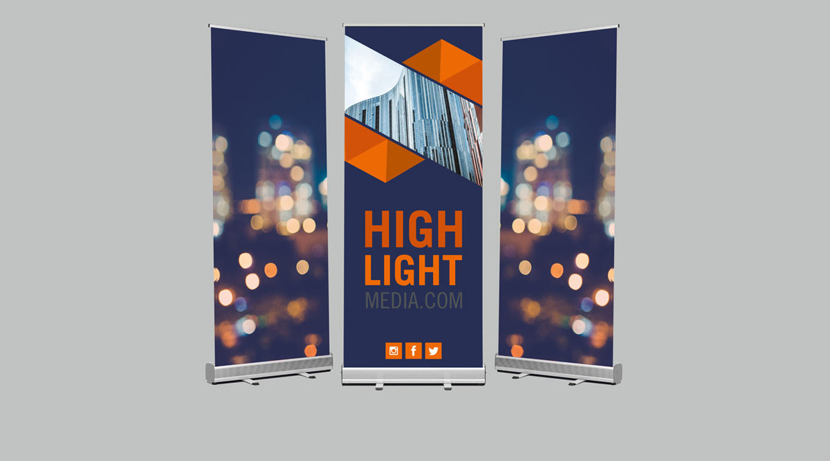 silver-roll-up-stand-2.jpg