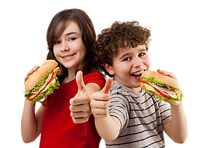 Kids_eatin_burgers-removebg-preview.png