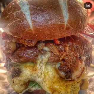 Delicious Burger Co cheese Burger.jpg