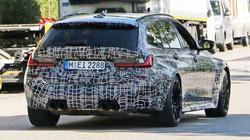 BMW M3 Touring spied up-close
