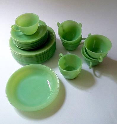 Service à vaisselle Fire King Jade-it