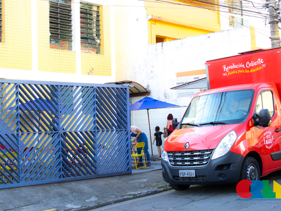 CREN comemora Dia do Voluntariado com Food Truck