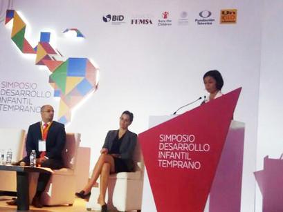 CREN participa no México de simpósio sobre primeira infância