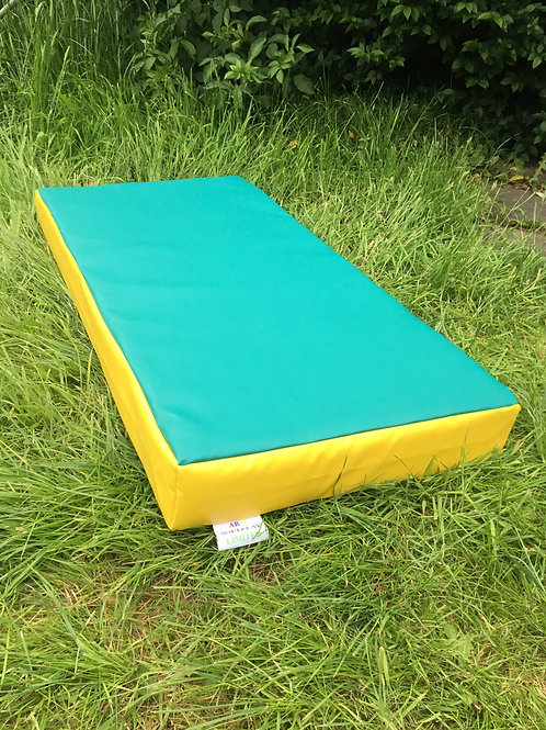 Green with Yellow sides- 100cm x 50cm x 10cm
