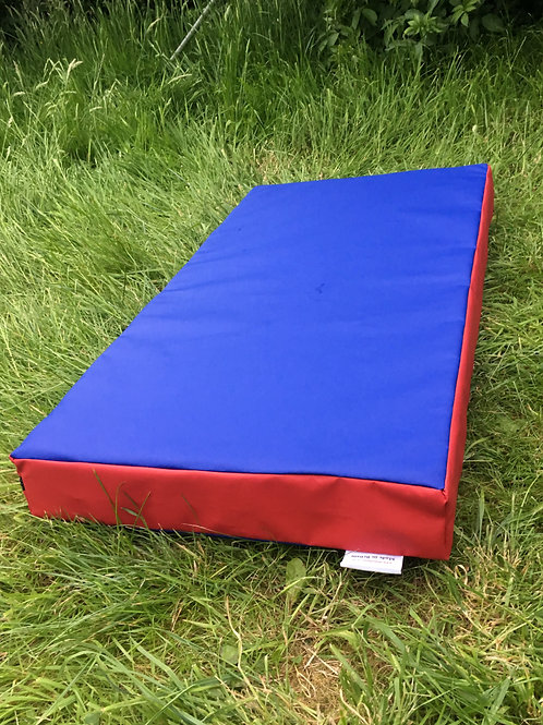 Blue with Red sides- 100cm x 50cm x 10cm