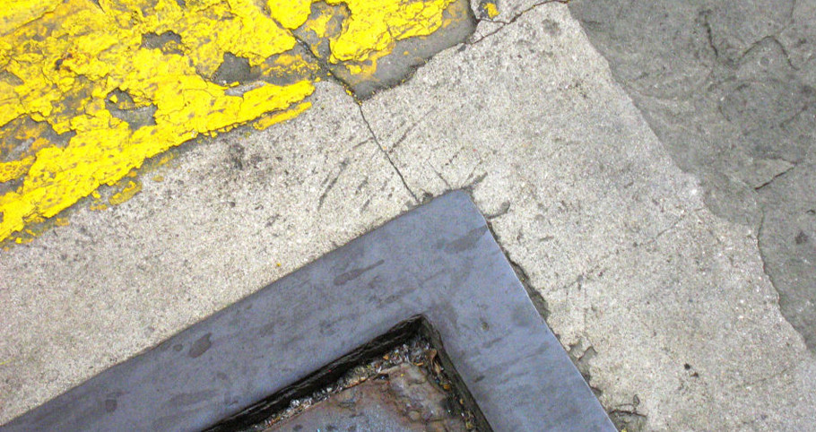 Sue Salem Arts and Photography. Puerto Rico, Old San Juan, abstracted, steet, geometry, color, gray, yellow