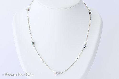 Cadena de plata con 5 pequeñas perlas Keshi