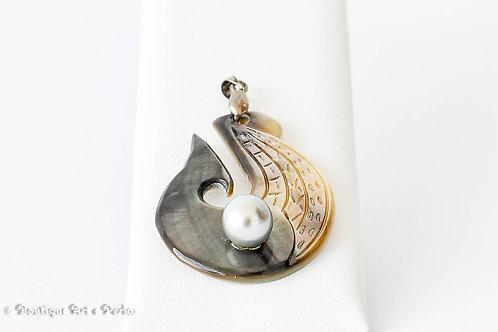 Colgante de nácar con perla gris plateado